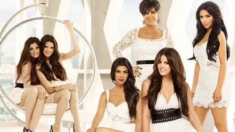 ht_keeping_up_kardashians_wy_111019_wblog
