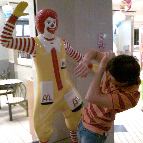 19 我知道錯了麥當勞叔叔不要打我